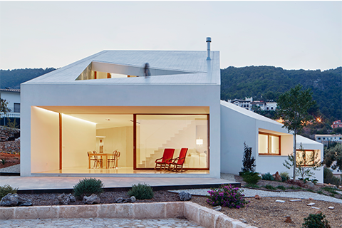 House Completed Buildings: OHLAB, House MM, Palma de Mallorca